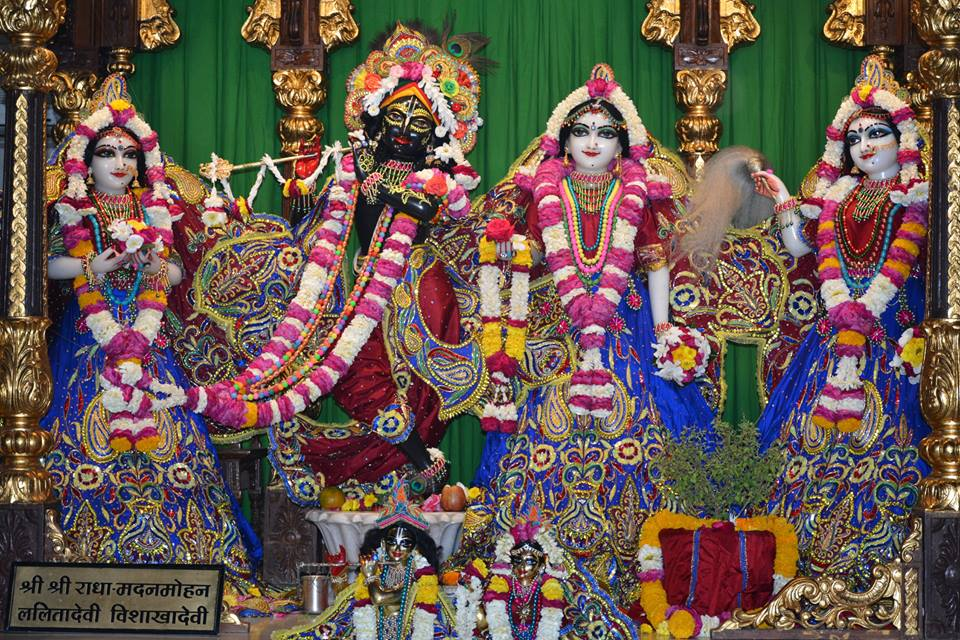 ISKCON Ujjain Deity Darshan 30 Mar 2016  (15)