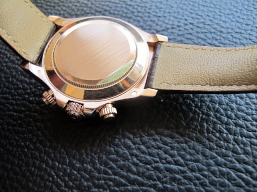 Bán đồng hồ rolex daytona 116515 – dây da – vàng hồng – vành ceramic – Size 40mm