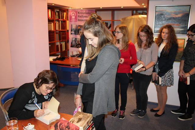 Konkurs literacki - autografy.jpg