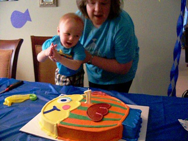Marshalls First Birthday Party - 115_6759-001.jpg