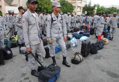 Mas de 20 mil policías estarán en las calles en Semana Santa