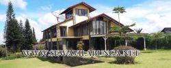 villa di Bandung ada halamanya dan murah buat rombongan