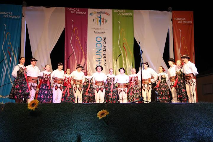 """Danças do Mundo 2011 - CROÁCIA - Folklorni Ansambl """"MATIJA GUBEC"""""""