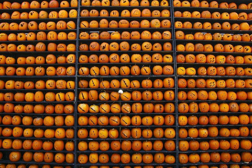 kenova-pumpkin-house-2