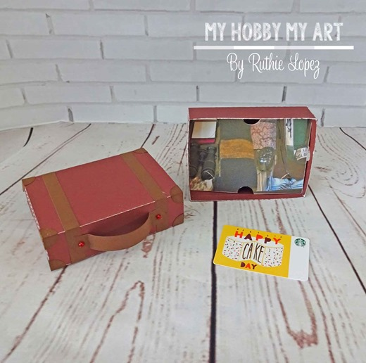 Blog-Hop-Friends,-Fantastic-Beast-and-where-to-find-them,-SUITCASE-3D-BOX-GIFT-CARD-WITH-TAG,-Ruth-Lopez-4