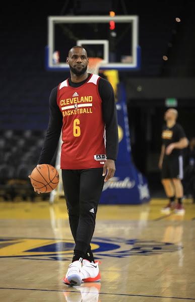 Closer Look at LBJs Nike LeBron Soldier 11 Hot Orange PE