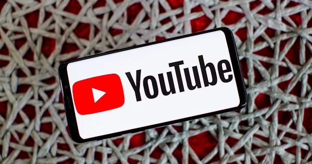 para crear una lista de reproducción en youtube solo debes seleccionar un video y dar clic en guardar en una lista de reproduccion si no tienes ninguna lista te saldra la opcion para crearla