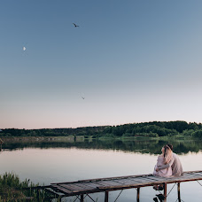 Wedding photographer Viktoriya Antropova (happyhappy). Photo of 21.06.2018