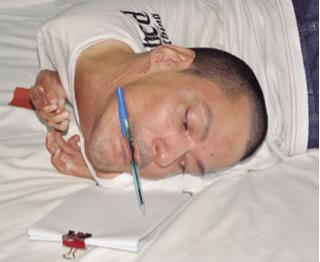 Lahir dengan kondisi kepala menghadap ke bawah  Inspirasi: Lahir dengan kondisi kepala menghadap ke bawah