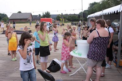 Sport en Spellenmiddag in Terbroek 30-6-2010