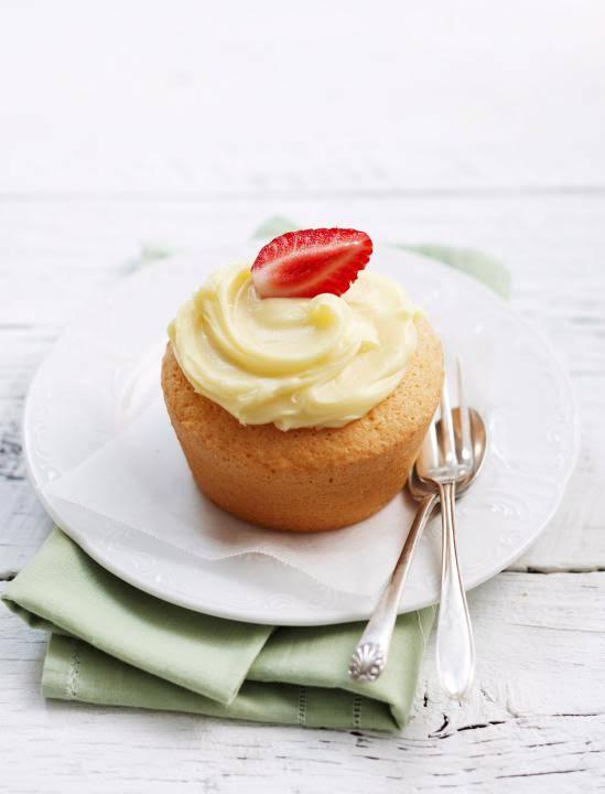 10 Best Cornflour Sponge Cake Recipes