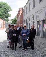 Przed muzeum.JPG