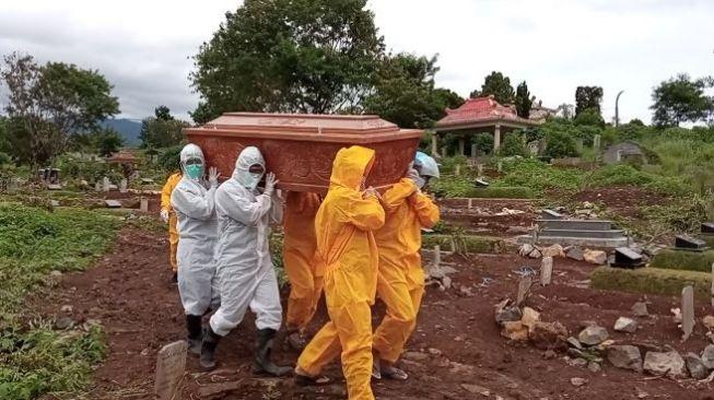 Akui Truk Bakal Angkut Jenazah Covid-19, Pemprov DKI: Ambulans Tak Mungkin Lagi