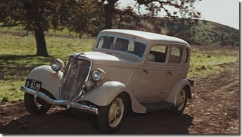 Ford V8 Fordor Bonnie and Clyde