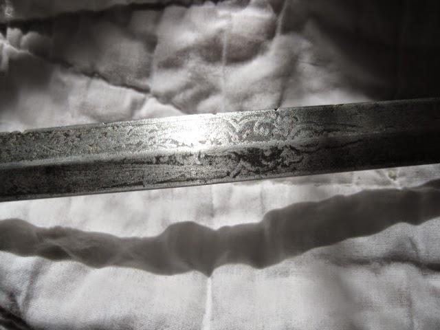 MILITARY SWORDS - IMG_8527.JPG