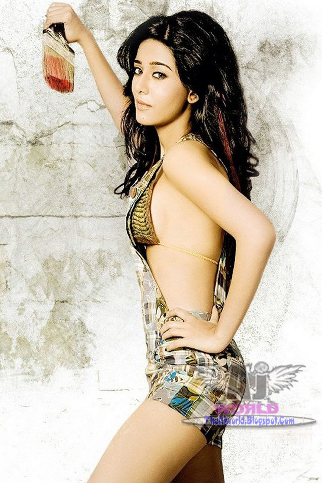 The Hot Indian Celebrity Amrita Rao Is Naked Showing Boobs