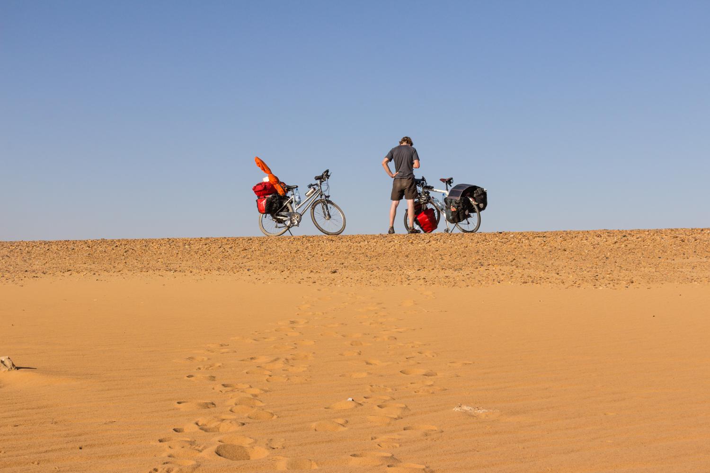 sand sahara desert cycling