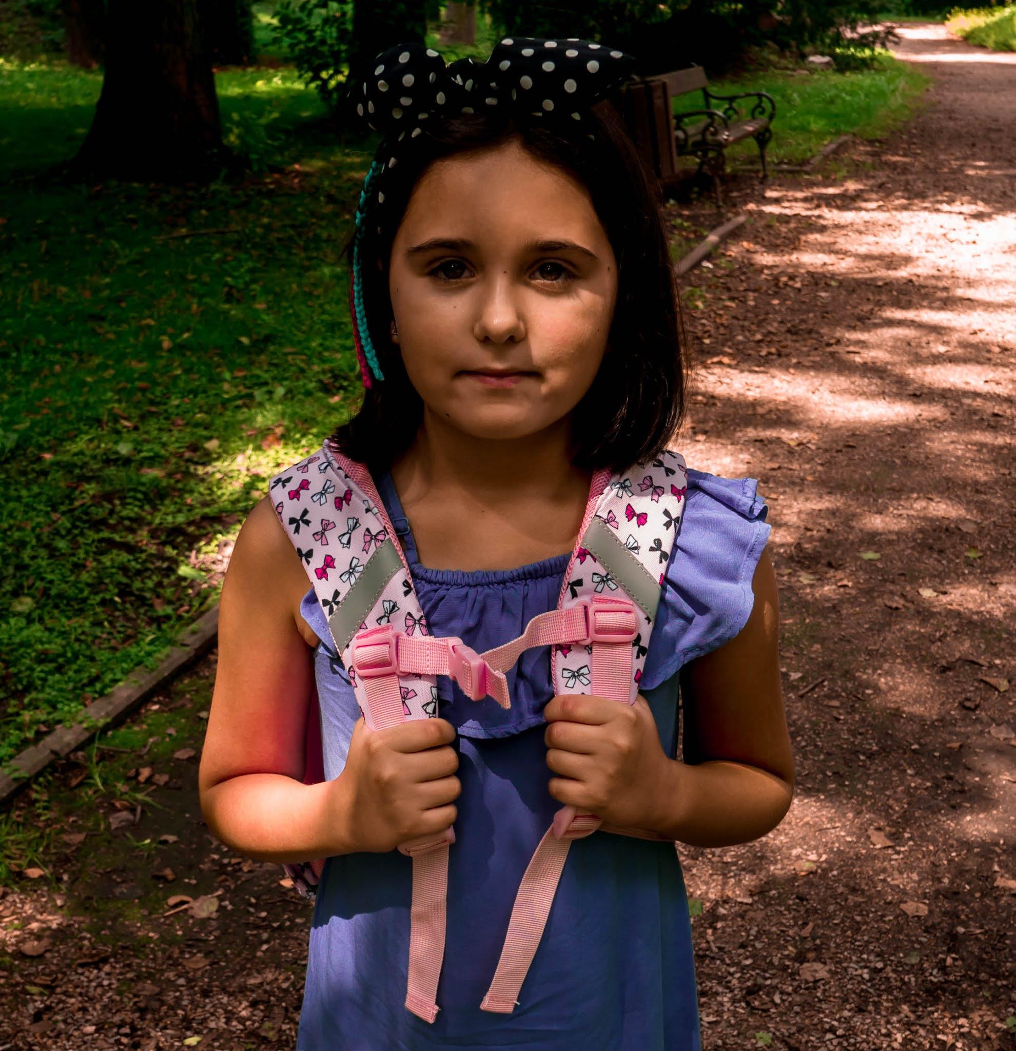 plecak z szerokimi szelkami do szkoły