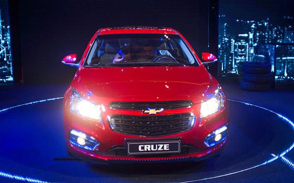 Chevrolet Cruze 2015 co gia tu 572 trieu dong tai Viet Nam  anh 3