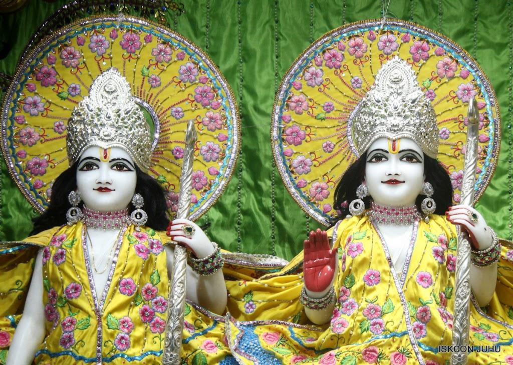 ISKCON Juhu Mangal Deity Darshan on 2nd July 2016 (8)
