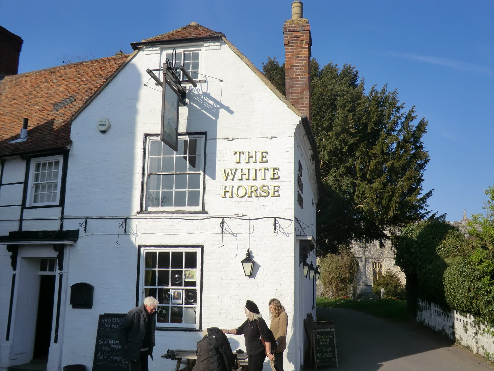 CIMG2564 The White Horse, Chilham