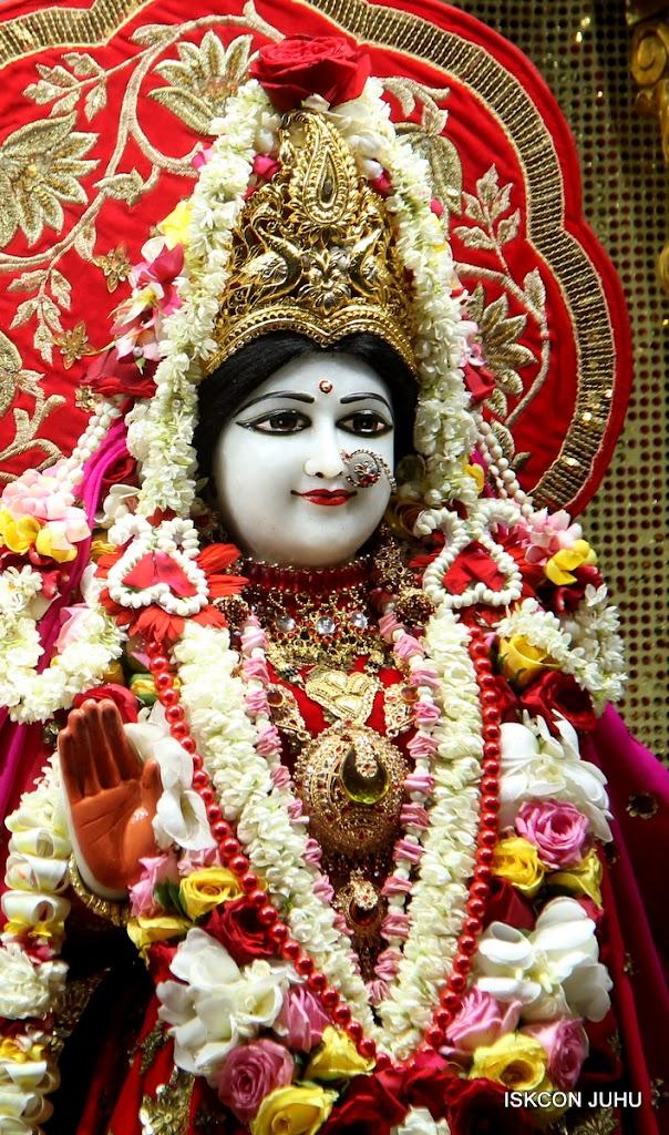 ISKCON Juhu Sringar Deity Darshan on 28th June 2016 (20)