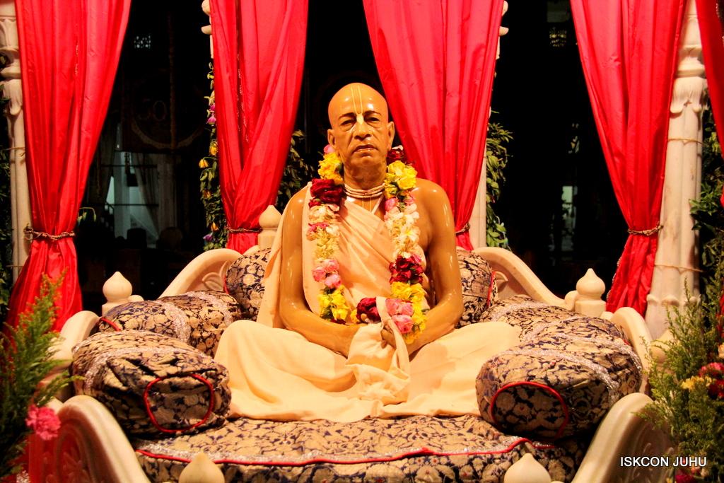 ISKCON Juhu Mangal Deity Darshan on 12th Sep 2016   (33)