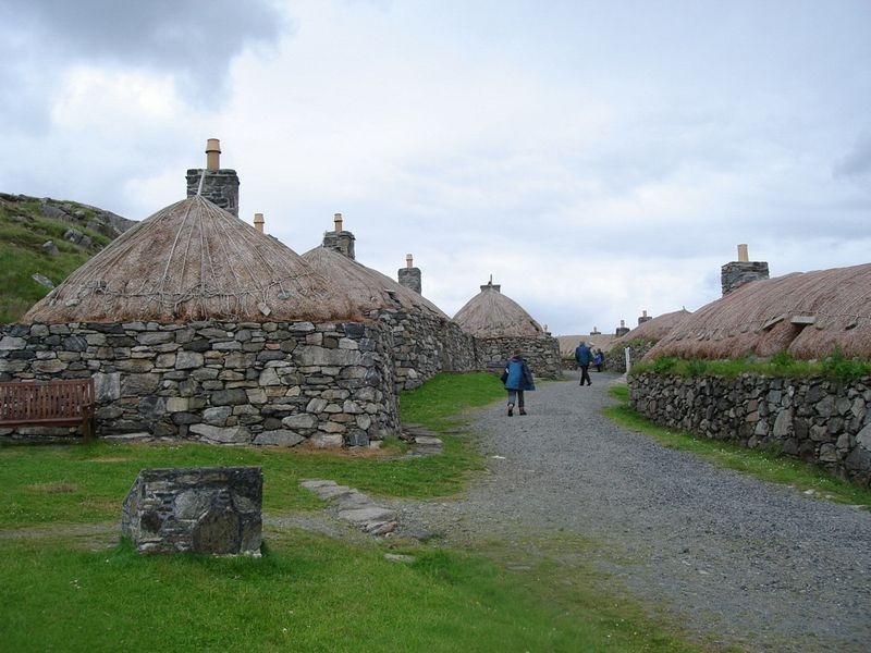 blackhouse-isle-of-lewis-1