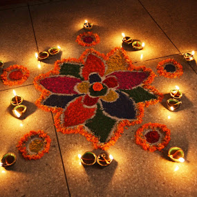 Rangoli... by Ruhi Chanda - Artistic Objects Other Objects ( diwali, artistic, rangoli, diya, colours )