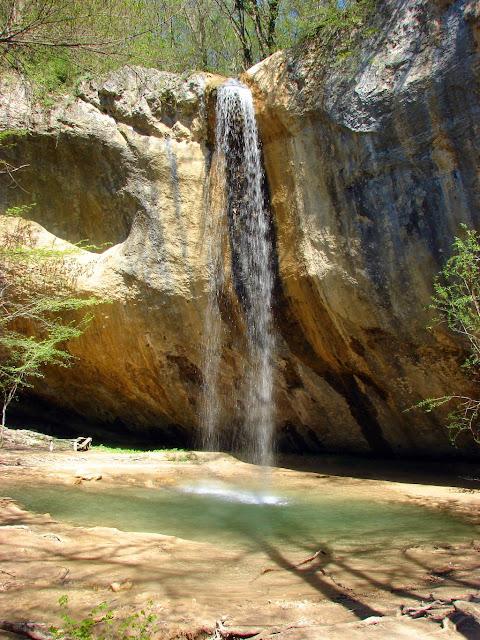 фотографировать водопады - Крым. Водопад Козырёк.