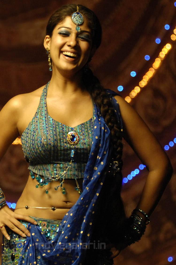 Nayanthara Latest Hot Pics, Nayanthara Hot In Super Movie Stills  New Movie Posters-1744