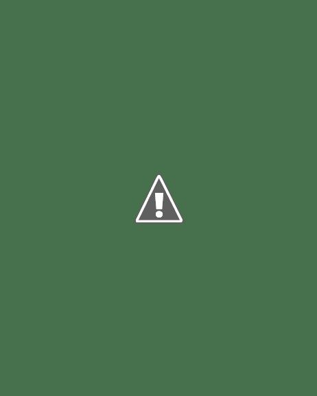 Luminária de coador de macarrão.