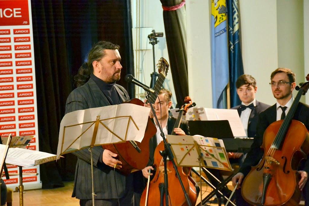 Concertul de Pasti, Corul si Orchestra Universitatii din Bucuresti (2015.04.07) - (107)