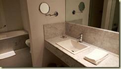 IMG_20180216_Room 612 bathroom
