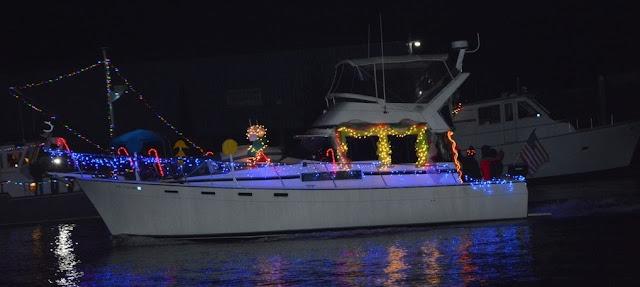 2016 Christmas Boat Parade - 2016%2BChristmas%2BBoat%2BParade%2B7.JPG