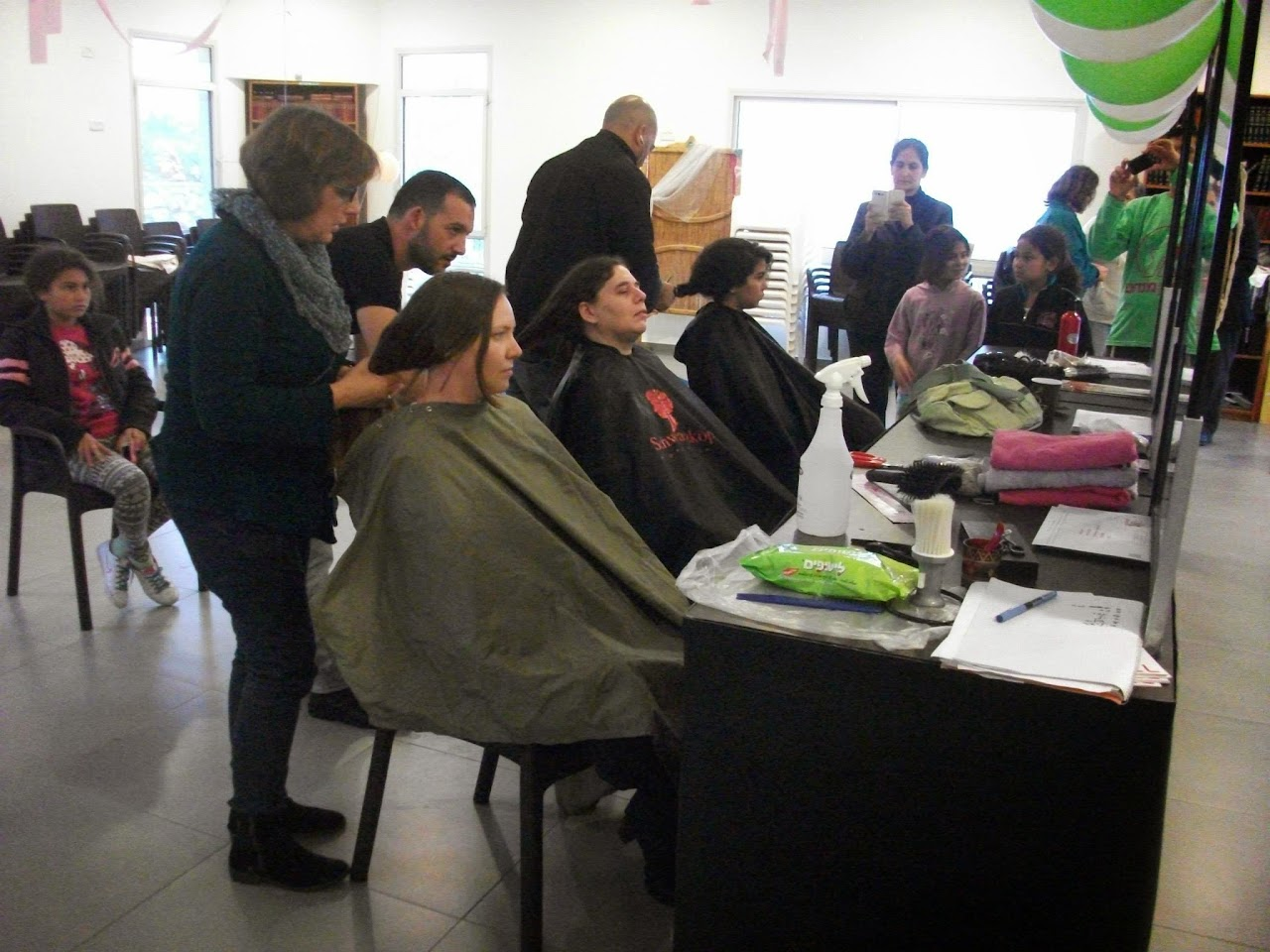 Donating hair for cancer patients 2014  - 1658447_539676249482006_807248507_o.jpg