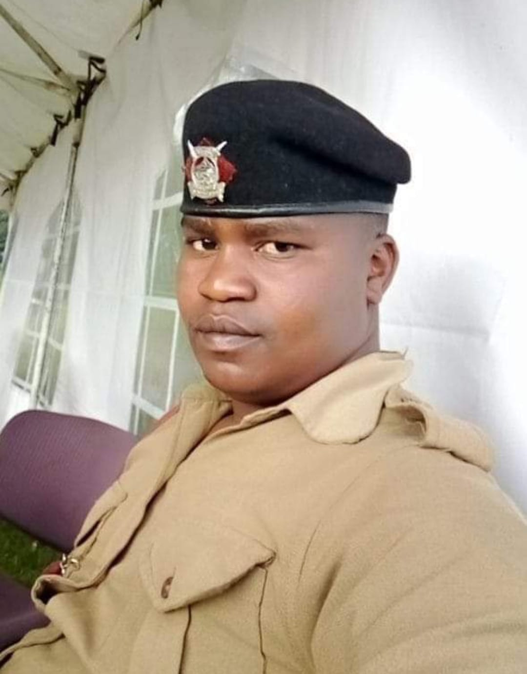 A Married Kenyan police officer assaults his mistress, follows her to hospital and shoots her dead before committing suicide
