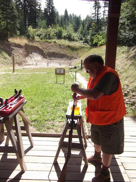Loading the Black Powder rifle