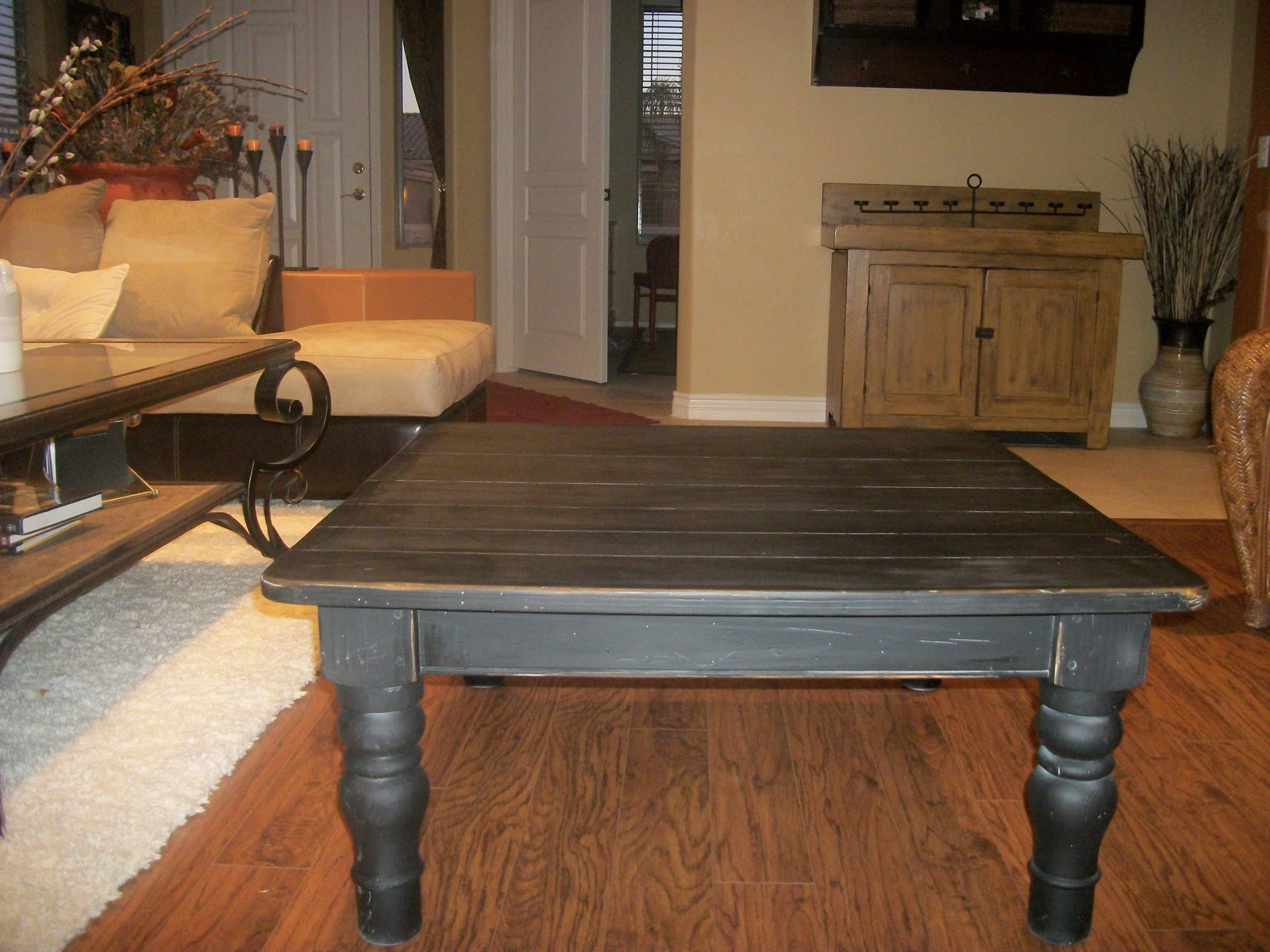designer dropout ethan allen farmhouse style coffee table sold. Black Bedroom Furniture Sets. Home Design Ideas