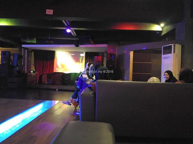 karaoke di roger spa bandung