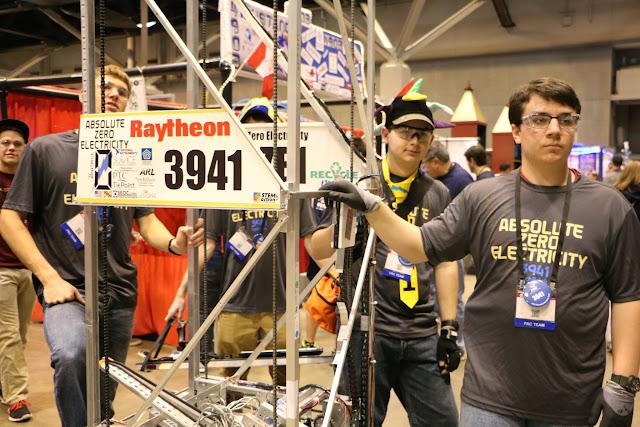 FRC World Championships 2015 - 20150423%2B09-39-05%2BC70D-IMG_2075.JPG