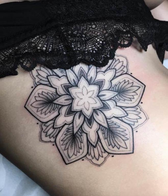 Este elegante mandala flor