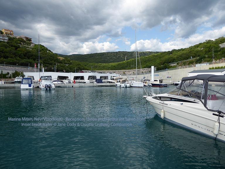 [Croatia+Cruising+Companion+-+Marina+Mitan+Buildings%5B4%5D]