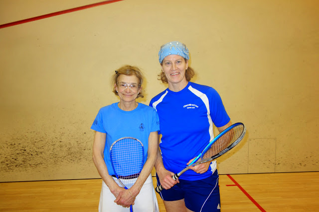Women 40+ finalist Lucy Bradley and semifinalist Moragh Ramage