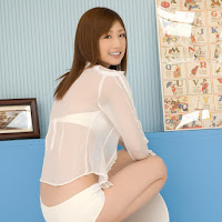 [BOMB.tv] 2009.11 Yuko Ogura 小倉優子 oy015.jpg