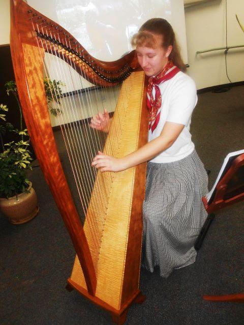 harpist Sarah Bierle