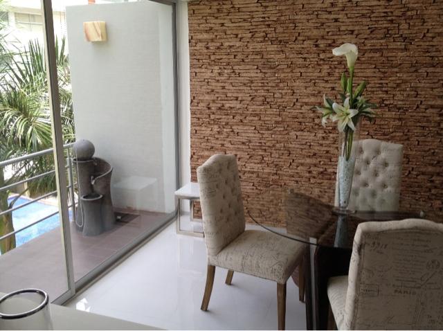 Decora con estilo dale valor a tu espacio decomuro for Decoracion en piedra para paredes