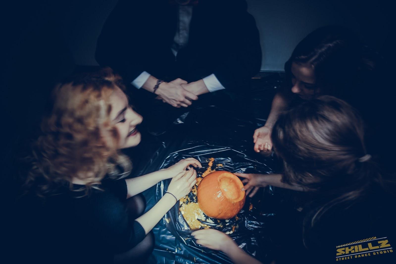 Naujikų krikštynos @SKILLZ (Halloween tema) - PANA2047.jpg