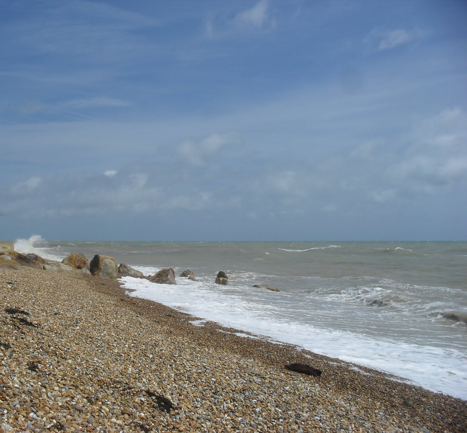 SDC11532 Fairlight Glen beach at high tide