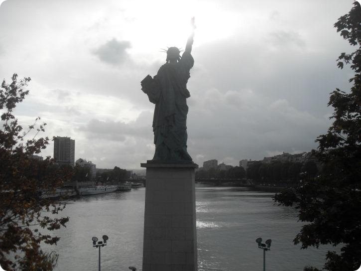 Frihedsgudningen - Pont de Grenelle, Paris